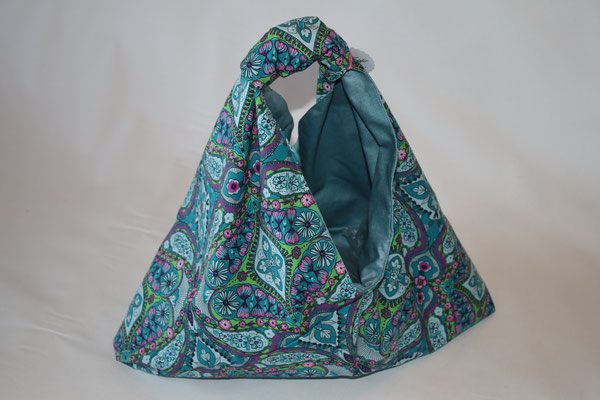 Kleine Origamis :) ... ACHTUNG WENDBAR !!! hier ein Bluman-Baumwoll-Stoff - Maße ca. 20 cm hoch mittig - hängend ca. 40 cmx ca 35 cm breit unten x 6 cm tief - 18