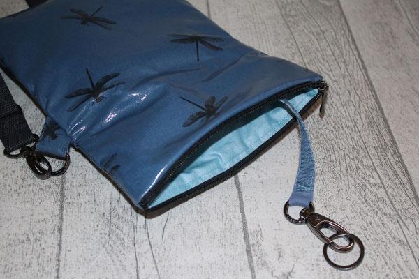 Innen mit besch. Baumwolle Luisa in jeansblau ausgekleidet & Schlüsselaufpasser im Inneren :)