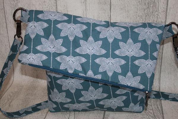 """Klappentasche """"ANGIE"""" .. aus Coated-Baumwolle von Au Maison - Design: Lotus - dusty petrol"""