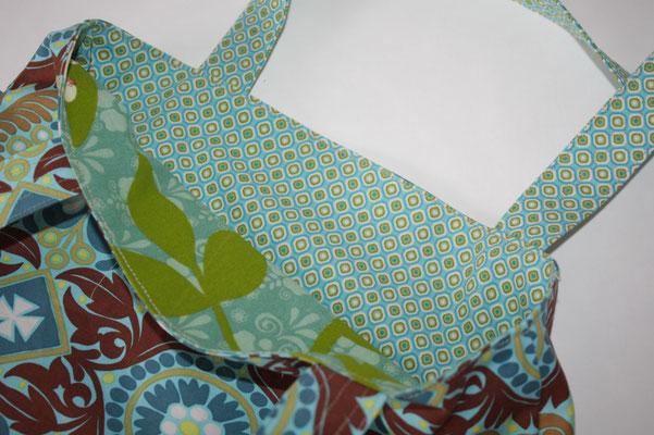 ...  2. Seite aus 2 verschiedenen Stoffen gearbeitet ... türkis/grünes Muster +