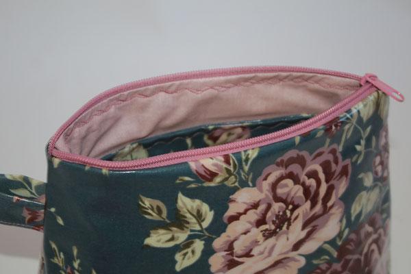... Innen mit besch. Baumwolle UNI rosa ausgekleidet