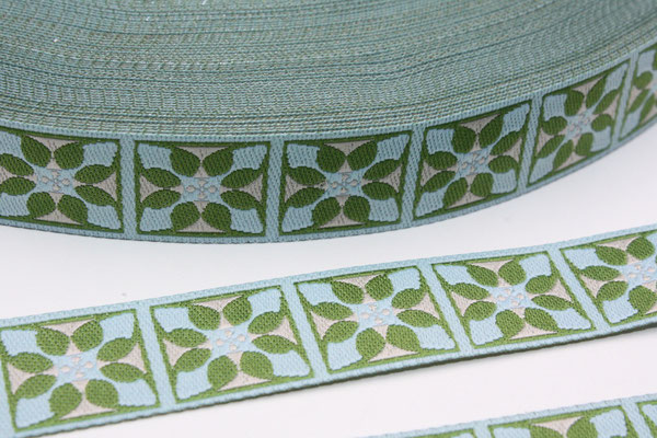 Grafikblüte - hellblau / grün / beige - Design: not4angels 2010 - 15 mm breit - EUR 1,80/m