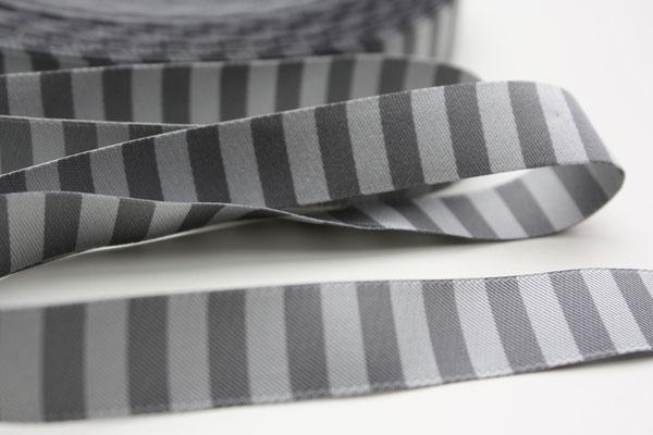 Ringelband grau / anthrazit - Design: Farbenmix 2012 - EUR 1,30
