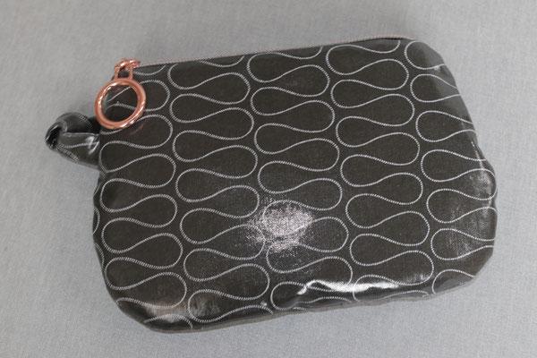 """VERFüGBAR Kosmetikbeutel """"runde"""" Form - besch. Baumwolle - Omnia black - Größe ca. 15 cm breit oben - ca. 14 cm Länge"""