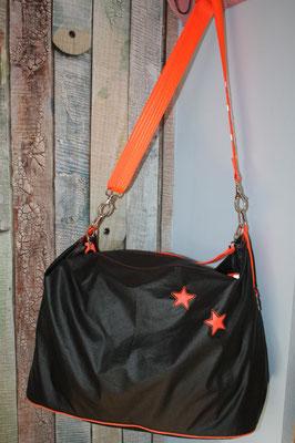 NOCH ZU HABEN: Luisa schwarz mit neonorangefarbenen Sternen +