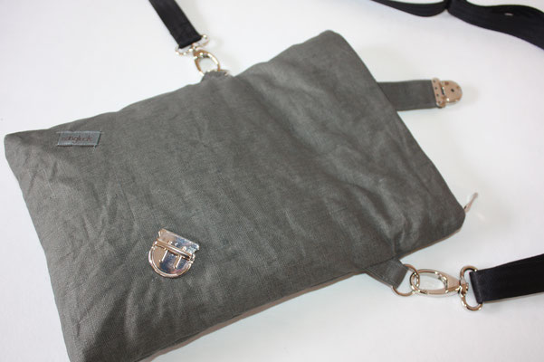 Zubehör in silber +  25er Sicherheitsgurtband in schwarz