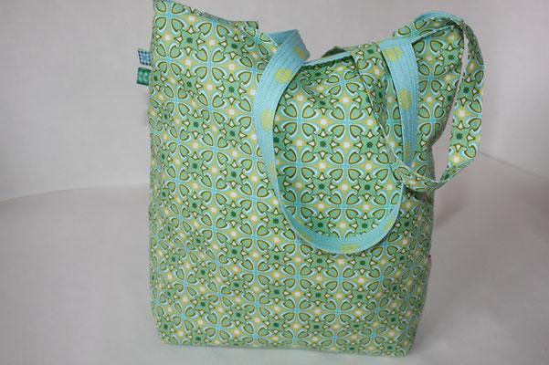 Wendebbeutel: eine Seite kleine Ornamente grün/blau-türkis - 2. Seite hier nicht zu sehen .. aus besch. Baumwolle türkis mit grünen Punkten gearbeitet