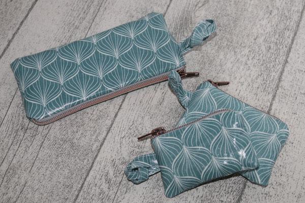 ... weitere Täschen/flasche Form aus besch. Baumwolle Alli antique green