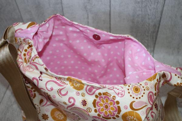 Innen mit besch. Baumwolle in rosa mit weißen Punkten ausgekleidet & Inneneinsteckfach - Verschluß mit einem Magnetdruckknopf