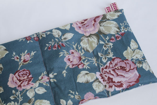 Design/Farbe: Sophia dusty petrol - Webband: Blätterband rosa