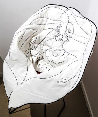BLANCHE la Sirène - habille un fauteuil, un banc, un canapé et vous enveloppe dans sa chevelure || 720€ / coton peint recto, verso, broderie métallique faite-main