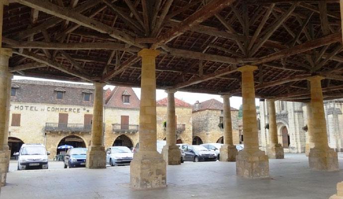 Halle de Villefranche du Périgord
