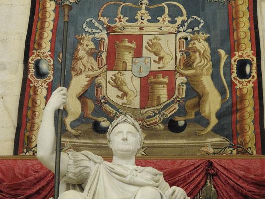 aha, ist zwar Palacio Real, Madrid, sieht aber irgendwie römisch aus