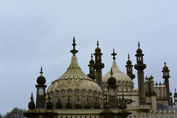 Kasimir, Cäsar, Fredi und Kerl besichtigen den Pavillion in Brighton