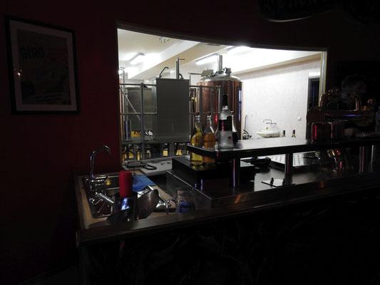 Im Red Bear wird eigenes Bier gebraut.