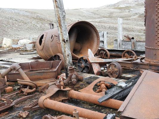 Einzelteile der Dampfmaschine
