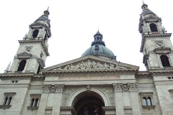 St. Stephans-Basilika, Budapest, von außen