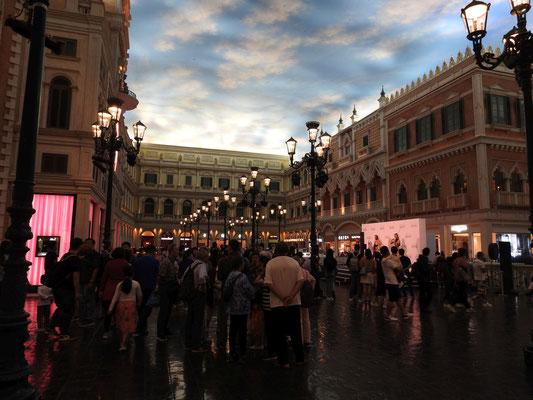 Ihr seht - Venedig! Markusplatz!