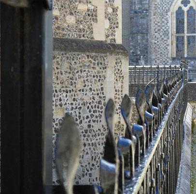 Kasimir, Cäsar, Fredi und Kerl besuchen die Kathedrale in Winchester