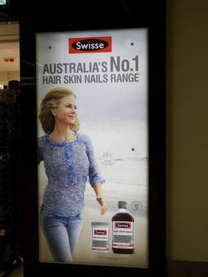 erste Begegnung im Flughafen Adelaides: Australias Number 1 - Nicole Kidman!