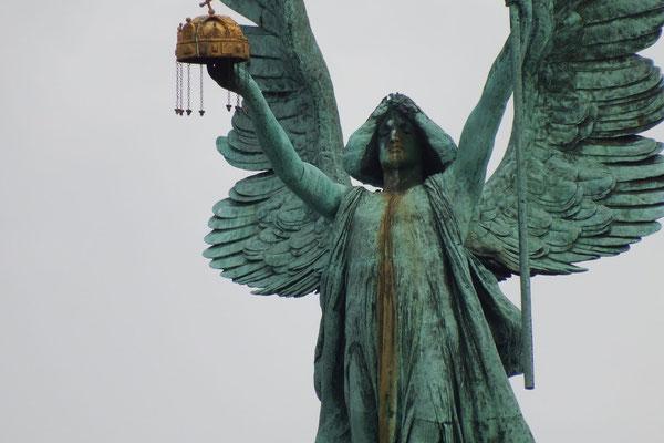 Statue Heldenplatz, Budapest