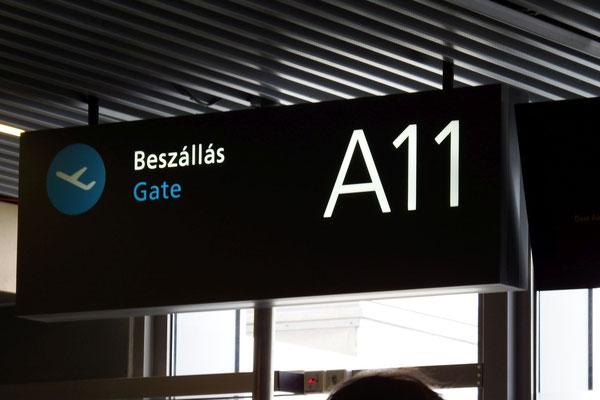 unser Abfluggate auf dem Budapester Flughafen