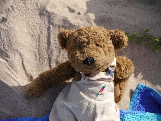 so fühlt sich also Sand an, kribbelt am Po