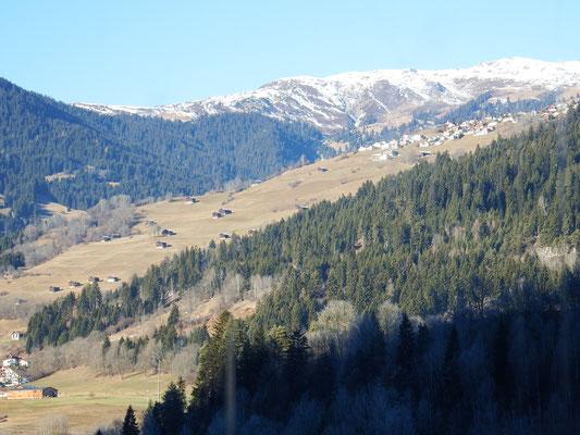 Schweizer Bergwelt mit und ohne Schnee