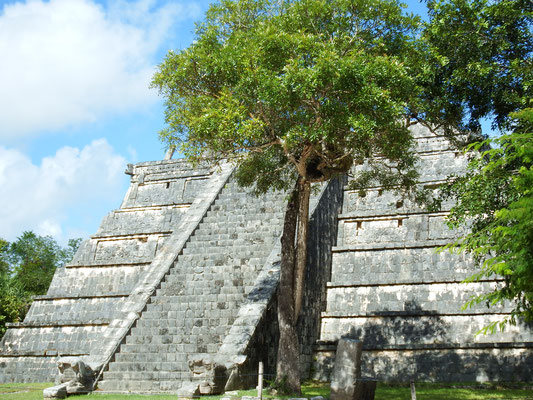 kleinere Chichén Itzá Pyramide, Yucatán - Mexiko
