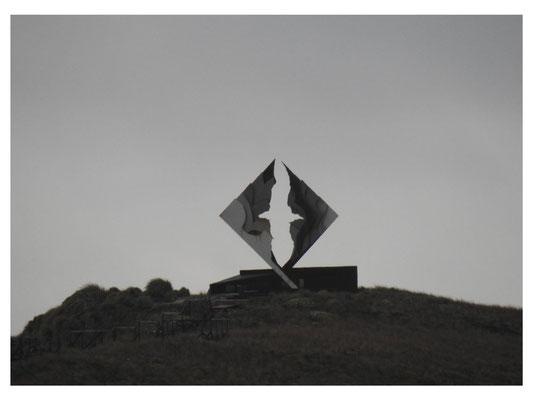 stilisierter Albatros - Denkmal für die an Kap Horn ums Leben gekommenen Seefahrer