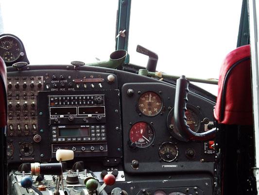 Cockpit? Alles klar, roger.