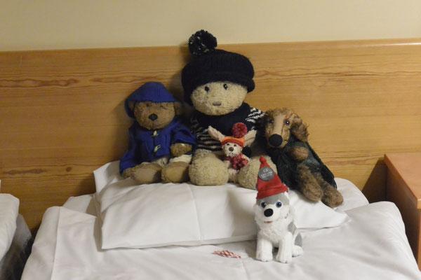 . . . und sogar mit Kumpelbegrüßung (ne, er ist in Lappland geblieben, bei uns daheim wär ihm viel zu warm).