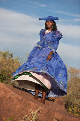 Herero-Frau, Quelle: fotolia.de; eigenes Foto vorhanden, jedoch keine Einwilligung für Internetveröffentlichung - schad