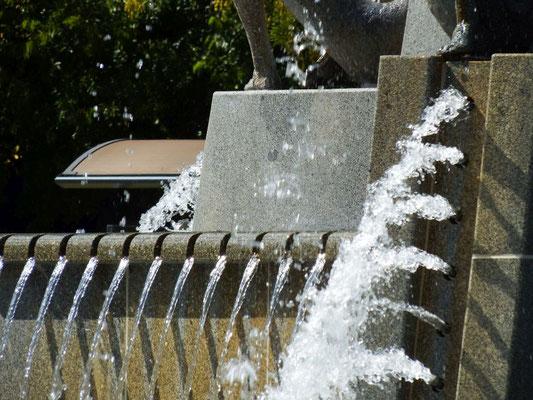 Brunnen am Hafen