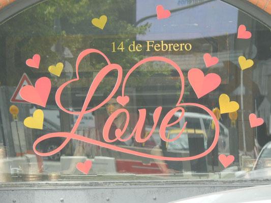 Aaah - Valentine!