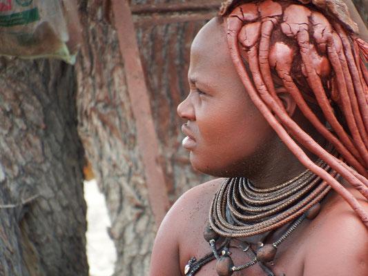 Himba-Frau, Foto gegen Cash
