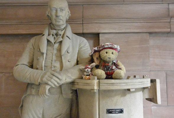 Kasimir, Cäsar und Fredi mit James Watt, dem Erfinder der Dampfmaschine