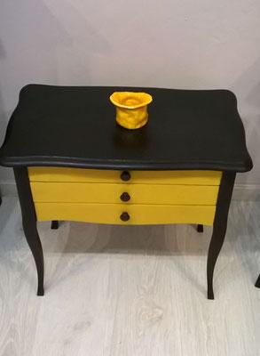 crea-tions46-chevet noir et jaune