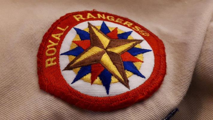 Ranger-Basics wiederholen: Zacken des Emblems, Goldene Regel, Versprechen, ...