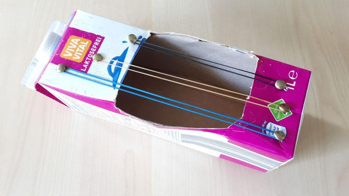 Gitarre aus Karton bauen