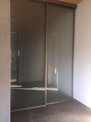 Raumteiler, Schiebetüren, ohne Bodenschiene