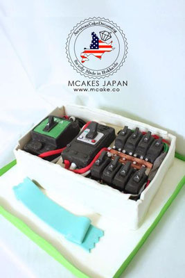 オーダーメイドケーキ、オリジナルケーキ《 3Dケーキ 》アメリカンケーキデコレーション