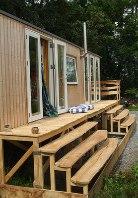 Terrasse aus Robinienholz