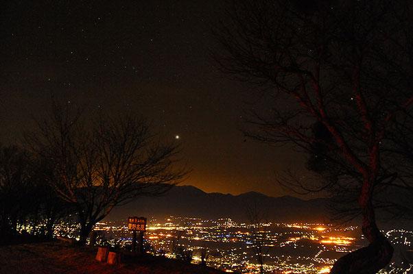 萱野高原 満天の星と夜景