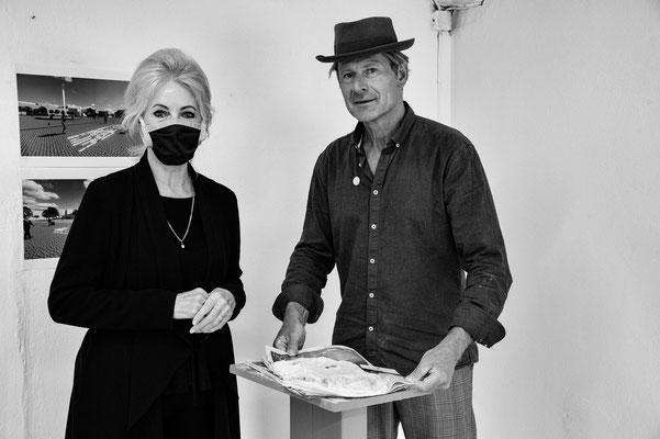 Mikos Meininger mit der Fotografin Monika Schulz-Fieguth