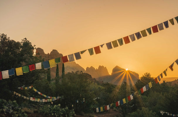 Foto Sedona igoplaces.de Amitabha Stupa Sonnenuntergang