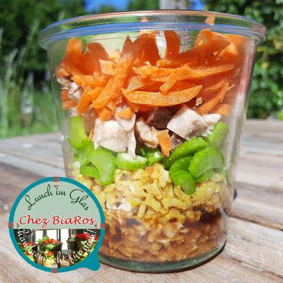 Asiatischer Curry-Huhn Salat