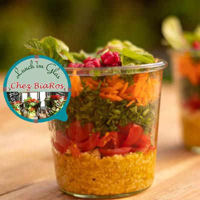Salat á la Tabouleh syrische Art mit feiner Orangen-Vinaigrette