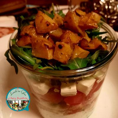 Honig-Senf-Röstkartoffel-Salat mit Feta und Cocktail-Tomaten