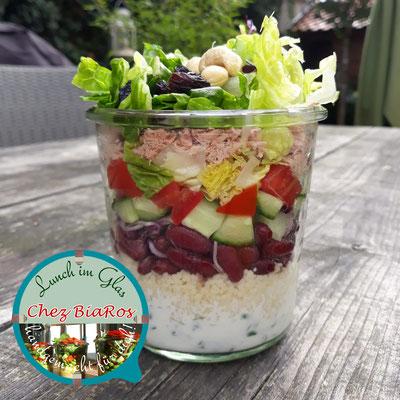 Thunfisch-Salat mit Bulgur und Joghurt-Dressing